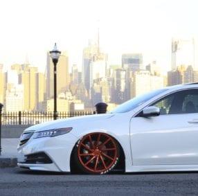 white-sporty-car